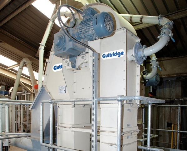 Guttridge conveyors deliver high reliability for abrasive duties in new Lafarge aggregate blending unit