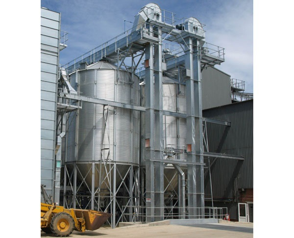 Woldgrain Storage Ltd expands with the help of Guttridge Equipment